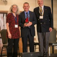 Dr. Daniel Roberts (middle) with (left to right) Chair Dr. Joann Kovacich and Dr. Bill Beck